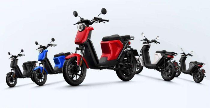 elektricni moped NIU UQi GT, rdec
